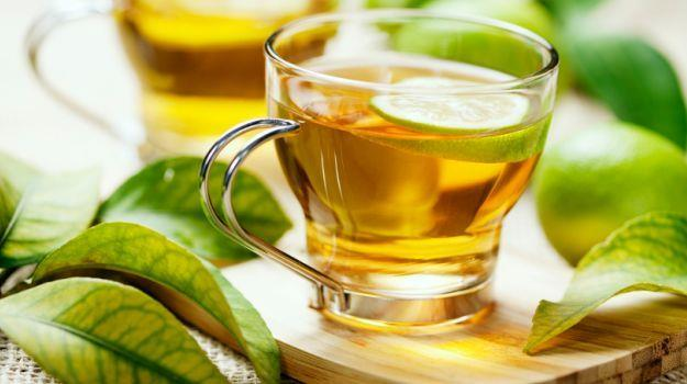 Green Tea - The Healthiest Drink in the World, Weight Loss, burns fat, , revs your memory, prevention from cancer, protects your brain, stave stroke